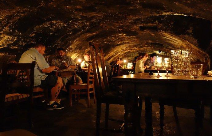 12 Bares de vinos más antiguos de Europa - vinopack